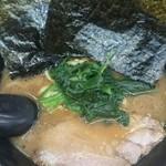 せい家 - ラーメン(太麺)