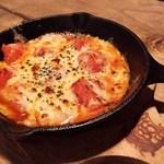 86Haru - フレッシュトマトのピザソース焼き