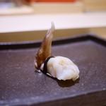 すし 陸 - トリ貝