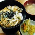 若ぎ里 - トロットロ玉子でとじた山菜丼
