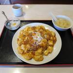 65231512 - 特製マーボー豆腐焼きそば 600円 スープ・デザート付  ※ランチメニュー限定