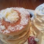 アンズ カフェ - 30分かかるといわれた人気のスフレパンケーキ