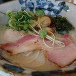 らーめん砦 - 料理写真:砦・煮玉子入り 880円