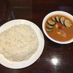 curry 草枕 - ナスチキン大盛り辛さ5番+大豆とひよこ豆