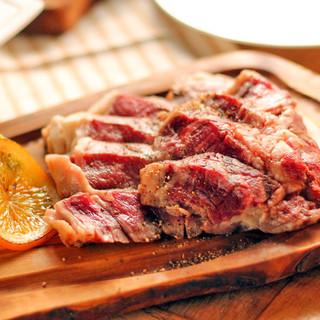 色々な部位のお肉を味わえる