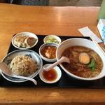 香湯ラーメン ちょろり - コジラセット(仮)1,250円