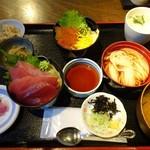 北前船 - 料理写真:わんこ丼ご膳600円!