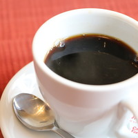 コーヒー&レスト アロエ - 当店で豆を挽いています!なんと【オーガニックコーヒー】で有機栽培!体にも良く当店自慢です。