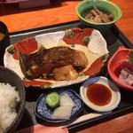 65252854 - かどでや煮魚ランチ1100円税込