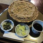 日本料理 筑膳 - 料理写真:黒々した蕎麦・・。