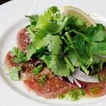 ラムロース肉のカルパッチョ アジアンソース