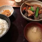 65259645 - がめ煮定食