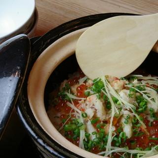 旬魚菜を五感で感じる炭火焼、一人鍋、燻製,目の前調理出来たて