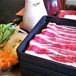 どん亭 - 牛豚食べ放題ランチ