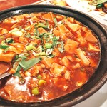 四川菜園 - ▲あかーん、、、赤味噌の麻婆豆腐、こりゃ、味噌汁だべ(´╥ε╥`)