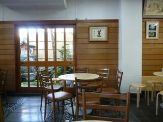 かん袋 - ☆テーブル席があるのでお茶客も多いですね(*^_^*)☆