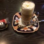 カフェ ダミアーノ -