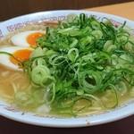 65274751 - 煮卵 中華そば 並(1玉) (ストレート麺・硬め・タレ濃いめ・葱多め・こってり) 650円