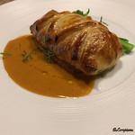 ビストロ スケガワ - 天然真鯛と車海老のパイ包み焼
