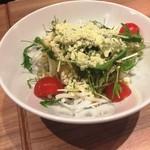 博多もつ鍋おおやま - 水菜とチーズの大根サラダ~ピリ辛わさび風味~