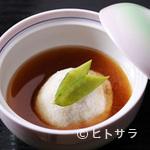 割烹 七草 - 多彩な味わいを詰め込んだ餅を特製の汁で味わう七草あげ餅
