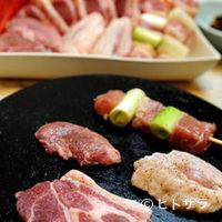 さくら - 富士桜ポークと地鶏の溶岩焼