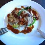 ポーズカフェ - 鶏肉の香草焼き