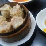 中国料理 登龍 - 焼売も大きいのね。(笑)