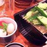 神戸三宮肉寿司 - うずらピクルスとたたききゅうり