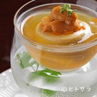 アンブロジア - ウニプリン入り冷製コンソメスープ