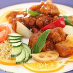 中国料理 桃華樓 - 酢豚+ご飯、スープ、漬物、本日のデザート