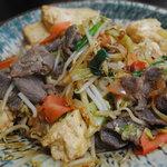 うみちか食堂 - 牛肉と豆腐チャンプルー600円