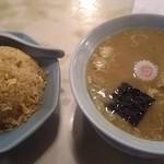65290977 - チャーハン&ラーメン(麺少なめ)