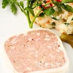 イル トラメッツィーノ - 自家製酵素豚のテリーヌ