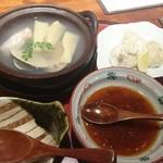井がわ - 河豚の白子と桜鯛と筍、蛤の鍋