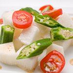 紅まる - ヌルネバ系でヘルシーなオクラと長芋のとろとろサラダ