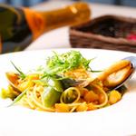 オッキオ デル ティフォーネ - たっぷり海の幸のラグーソースをタリオリーニで 1400円