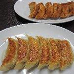 香蘭 - 焼餃子と揚餃子