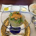 ビストロ ダイア - 白魚とつぼみ菜のマリネ、魚卵ソース