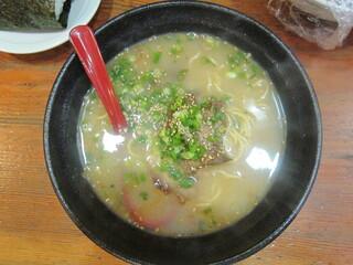 元祖ぴかいち - ラーメン(ストレートの玉子麺):530円