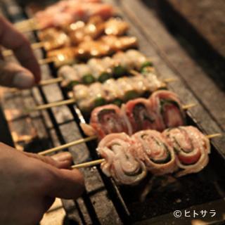 塩山唯一の炭火串焼きの店。飲み放題付コース3500円〜!