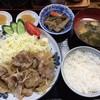 居酒屋好悦 - 料理写真:豚の生姜焼き定食700円(税込)のご飯半分