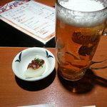 素材屋 - 付け出しのふろふき大根と生おビール大