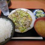 お食事処ときわ - 肉野菜炒め定食¥550-