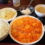 東京愛情麻辣湯 - エビ玉子チリソース定食