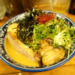 佐市 - 牡蛎拉麺大盛、煮玉子と肉一枚追加
