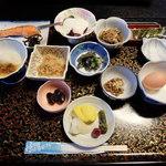 旅館 三恵 - 朝食一式