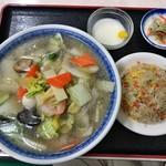 揚州達人 - 料理写真:五目タン麺定食 750円