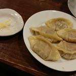 たんたん麺の めんたらし - 和牛の餃子