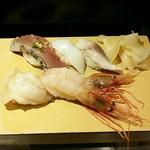 65337532 - 本みる貝、生ボタンえび、かつお、すみいか、炙り〆鯖